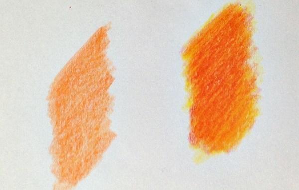 色鉛筆の重ね塗りと混色
