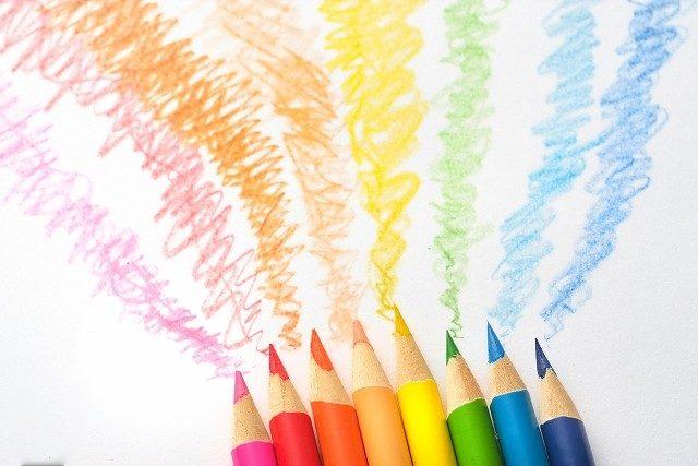 大人の塗り絵 色鉛筆の種類と基本的な塗り方使い方